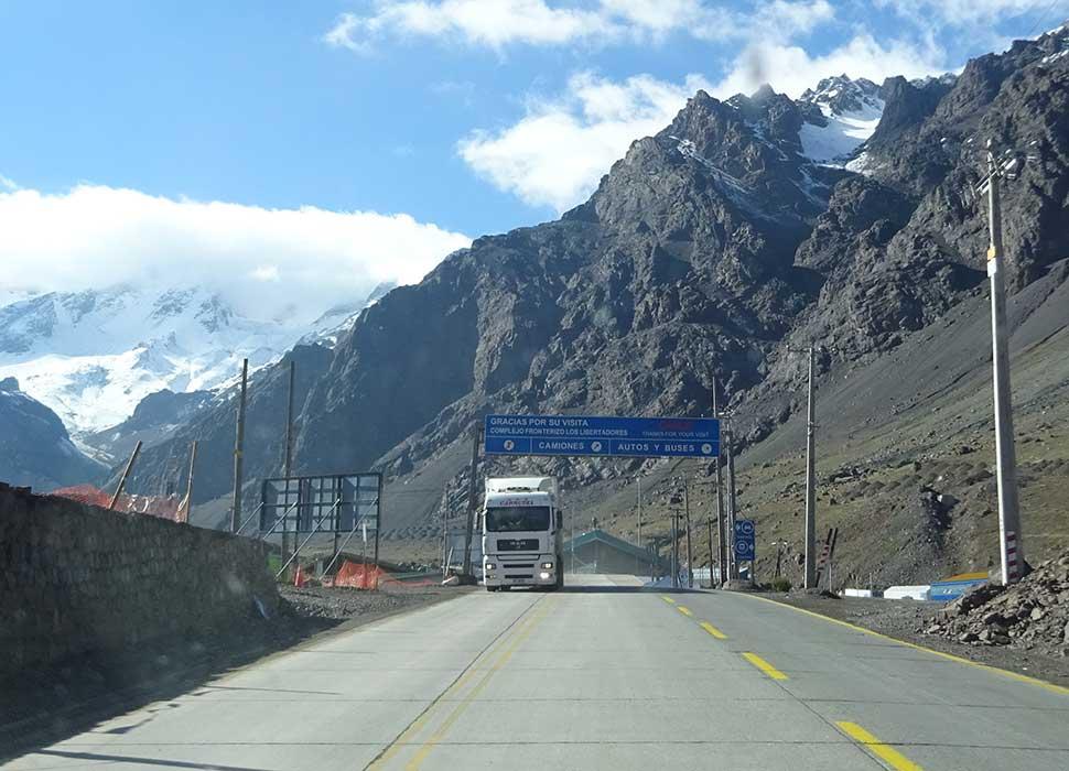Crossing the Andes Mendoza - Santiago de Chile